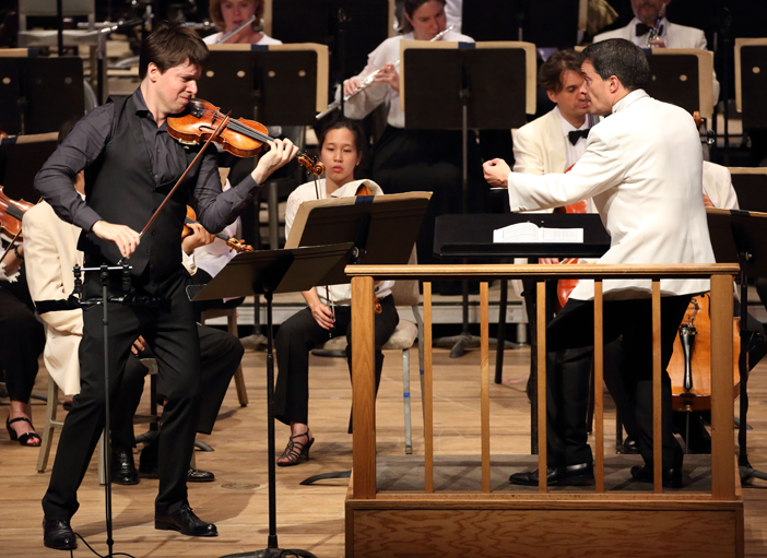 The Boston Symphony Orchestra with violinist Joshua Bell and conductor Jacques Lacombe (Hilary Scott)2.jpg