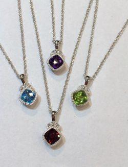 romanation-necklaces-jpg